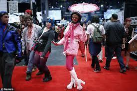 """""""Hi, Mr. Heenan. I remembered to bring the umbrella!"""""""