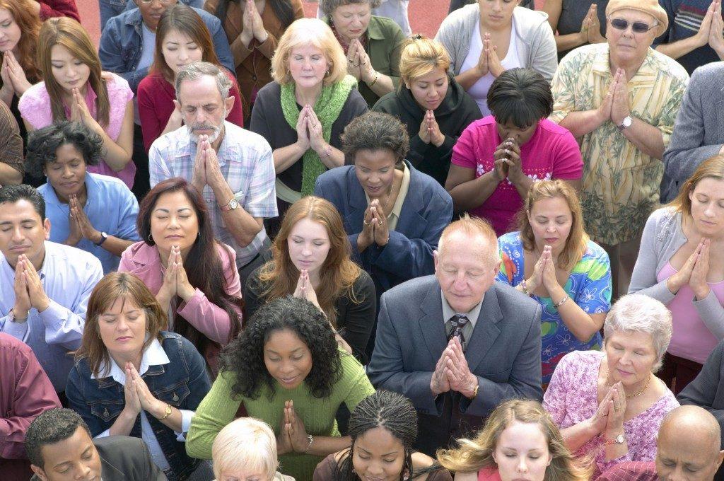 americans-pray-1024x680